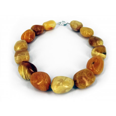 Necklace Baltic Amber best quality and exclusive Design. Silver Carabin  Clasp -