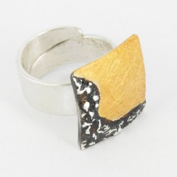 Ring open with Base Square in Silver Goldplated and oxidized. 28 mm Diameter - 21679