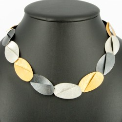 Collar Mercedes oval abierto